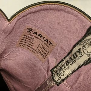 Ariat Shoes - Ariat baby fat boots